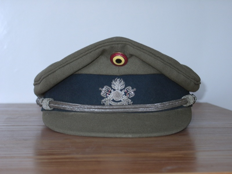Belgium_old_style_warrant_officer