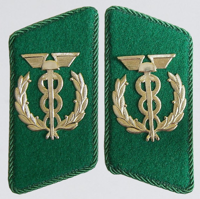 GD_002_Collar_Insignia_Rank_Zollsekretar