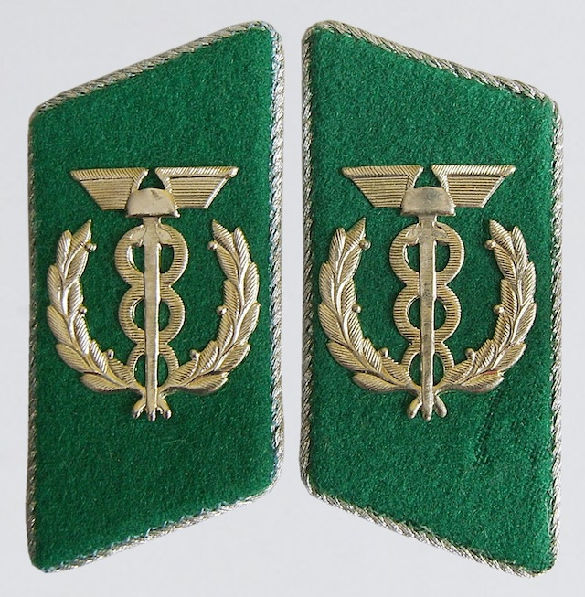 GD_003_Collar_Insignia_Rank_Zollkommissar