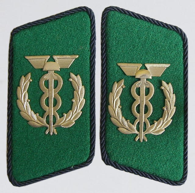 GD_004_Collar_Insignia_Rank_Zollassistent