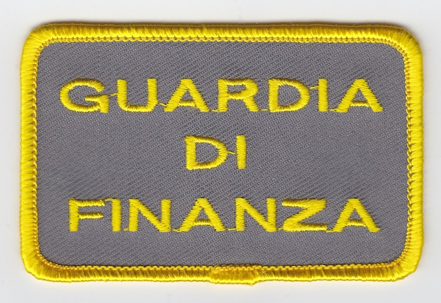 IT_009_Text_Breast_Patch_big_Version_grey-yellow
