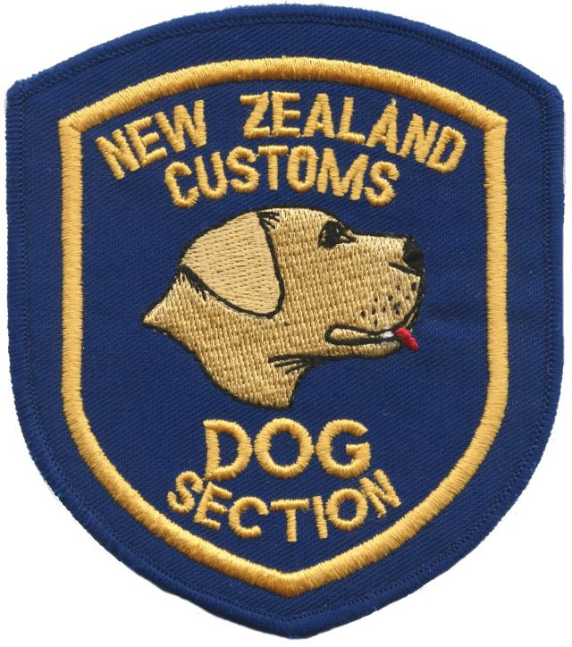 NZ_Customs_dog_section_blue_right